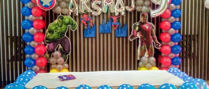 Avengers theme balloon decoration in noida