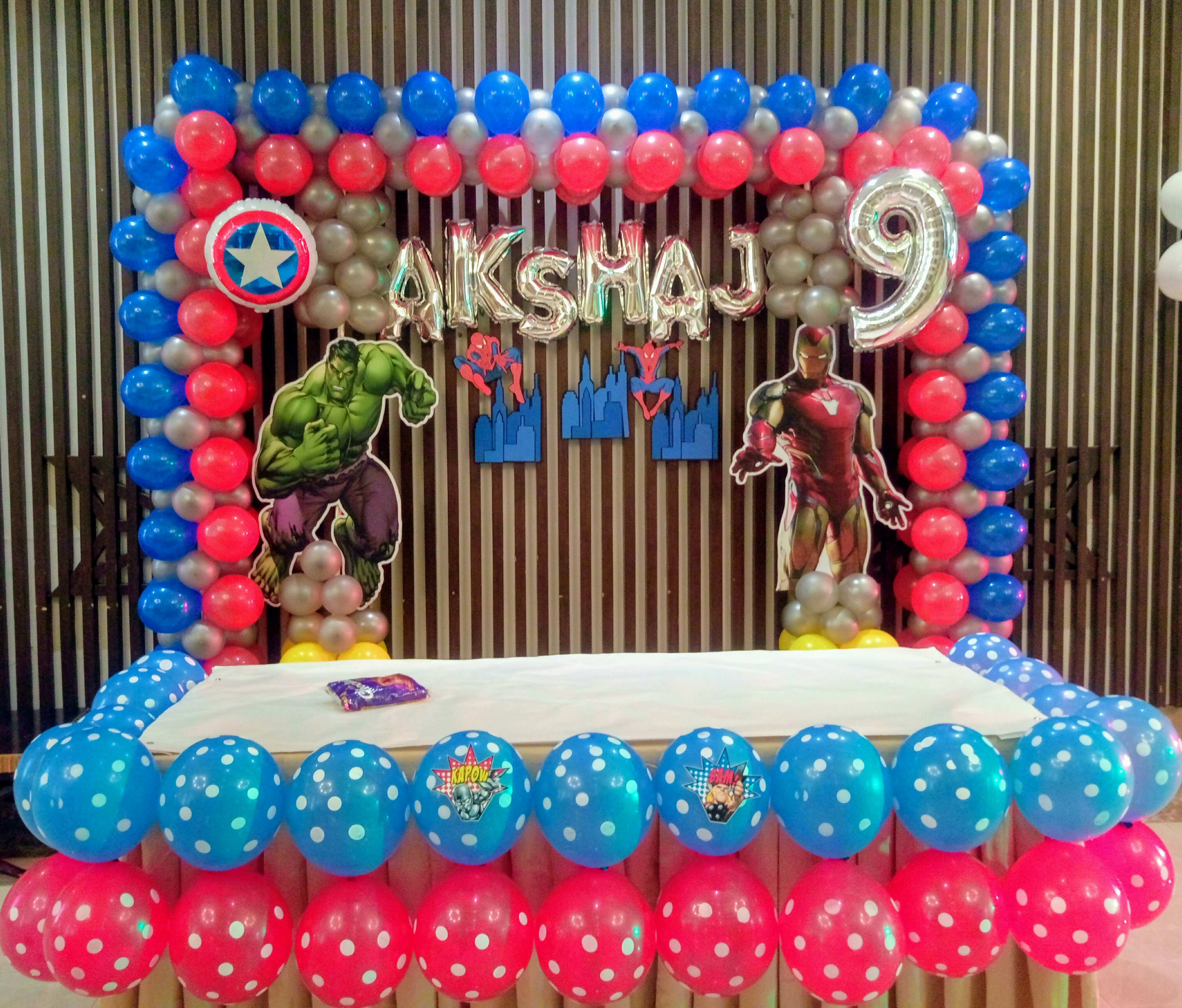 Avengers theme balloon decoration in noida
